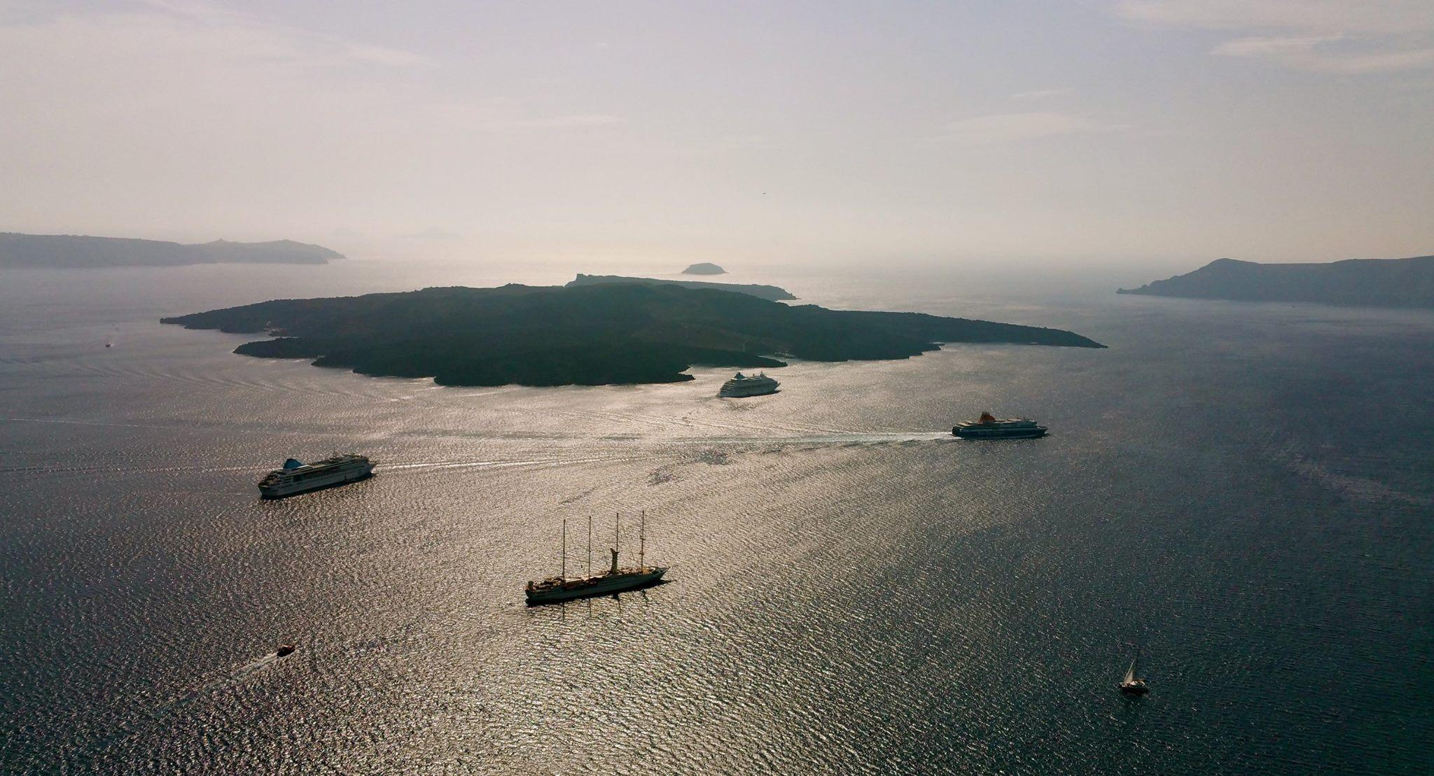 Ostrov a plachetnice